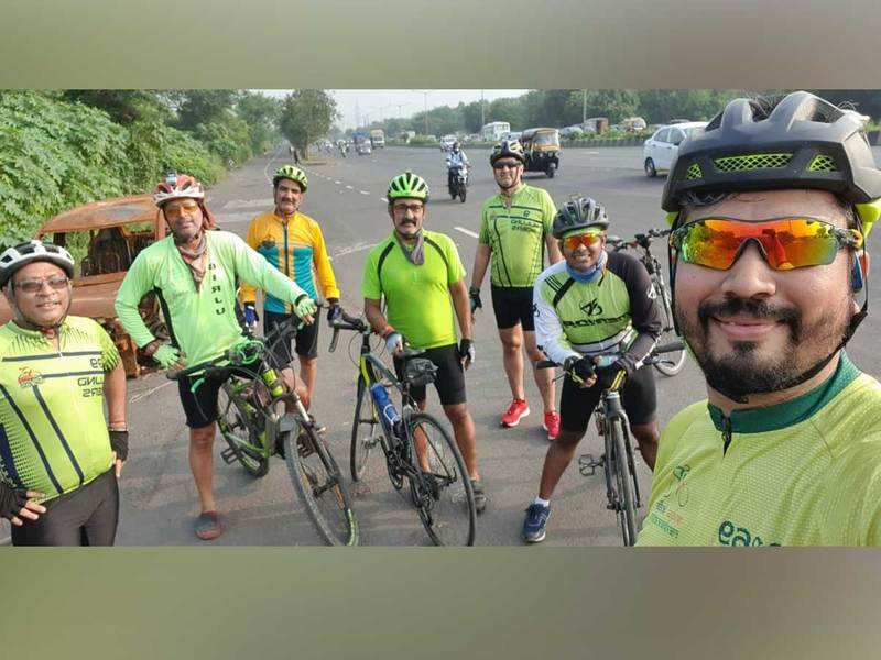 The Mulund Riders wear green on their 'navrang' ride this morning