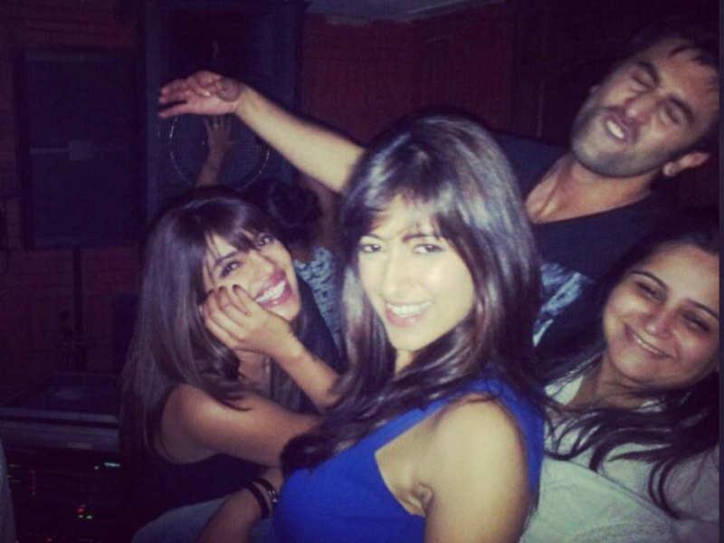 Throwback: When Priyanka Chopra, Ranbir Kapoor and Ileana D'Cruz had a gala time post 'Barfi' shoot