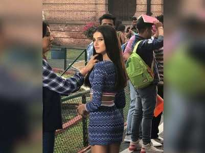 Tara shares a picture from the sets of SOTY2