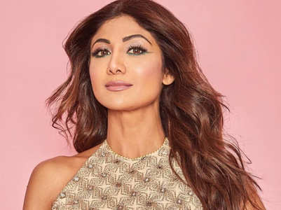 Glam beauty looks to try this festive season