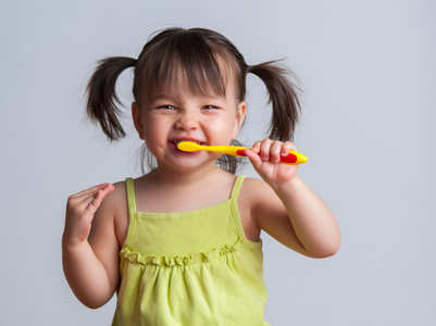 Easy and fun ways to get your toddlers brush their teeth