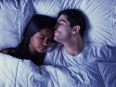 Zodiac signs who love to cuddle