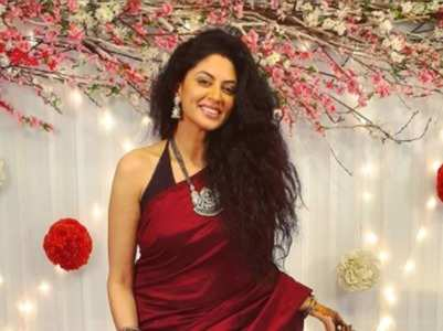 Know more about Kavita Kaushik's life