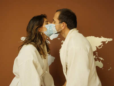 This is how you kiss safely amidst a pandemic