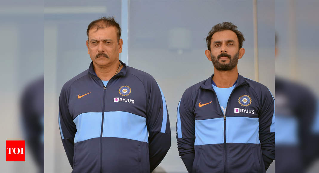 Ravi Shastri and coaching staff arrive in UAE, enter bio-bubble | Cricket News – Times of India