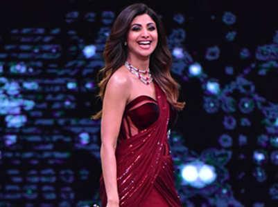 From Alia Bhatt to Madhuri Dixit: 5 hot concept saris worn by Bollywood divas