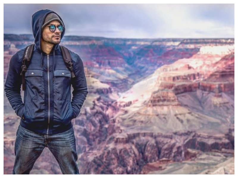 "Kunal Kemmu shares a throwback picture from his second visit to the Grand Canyon, calls it ""one hell of a humbling experience"""