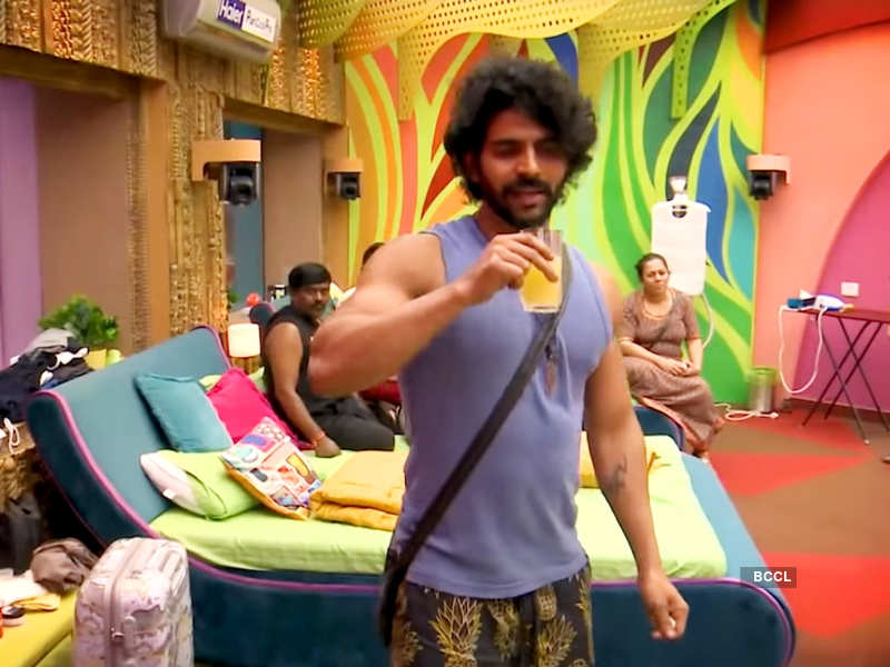 Bigg Boss Tamil 4: Archana Chandhoke lashes out at Balaji Murugadoss for his feminist remarks, watch