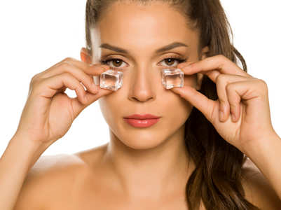 Try skin icing to achieve smooth and glowing skin