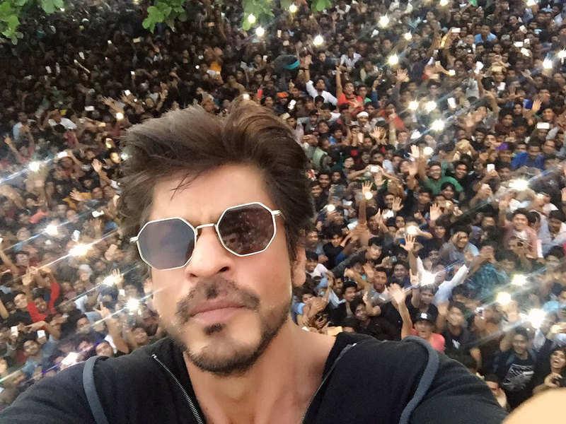 Photo: SRK Twitter