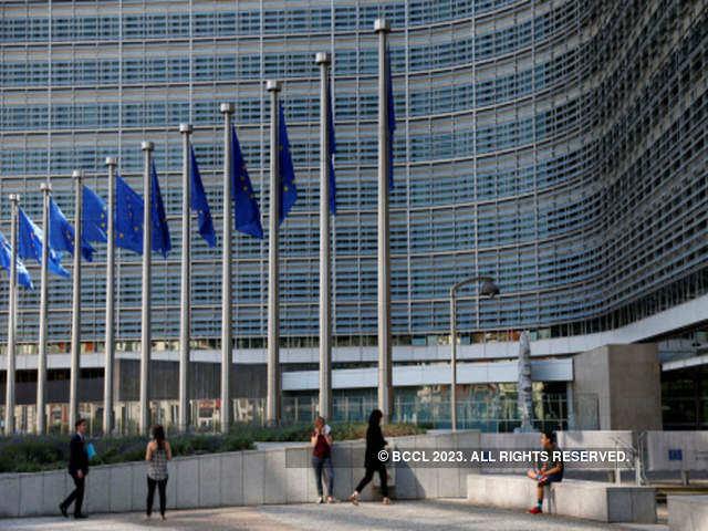 Iliad wins EU antitrust okay for $4 billion Polish telecoms deal