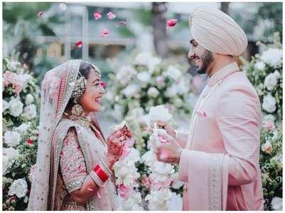 Neha Kakkar shares beautiful wedding pics