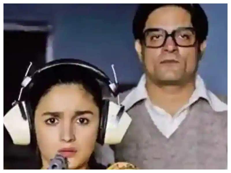 Jaydeep Ahlawat is all praise for his 'Raazi' co-star Alia Bhatt, says she is amazingly hardworking and talented