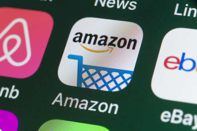 Amazon launches shopping website in Sweden
