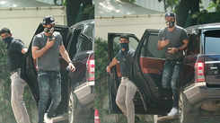 Ranbir Kapoor looks dapper in these cool casuals as he gets spotted in the city