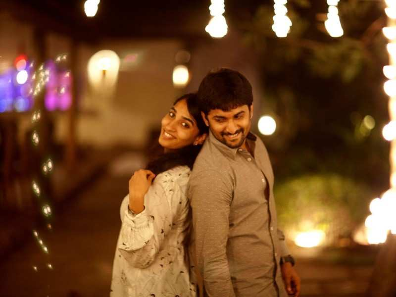 Nani and Anjana Yelavarthy have a cosy date on their eighth anniversary!