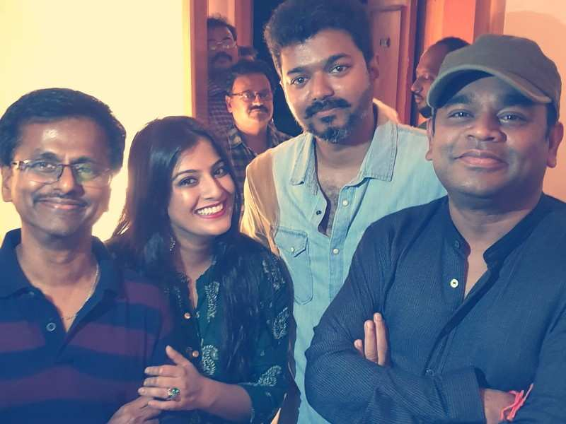 Did AR Murugadoss refuse to take a pay cut for 'Thalapathy 65'?