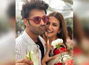 Pulkit wishes his ladylove Kriti on her b' day
