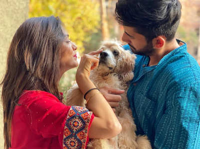 Divya, Varun mourn their dog Dollar's demise