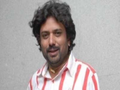 Dinesh Gandhi succumbs to a heart attack