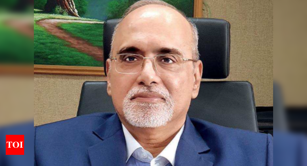 Large NBFCs can become banks: RBI – Times of India