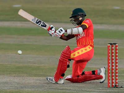 Pakistan Defeats Zimbabwe by Six Wickets
