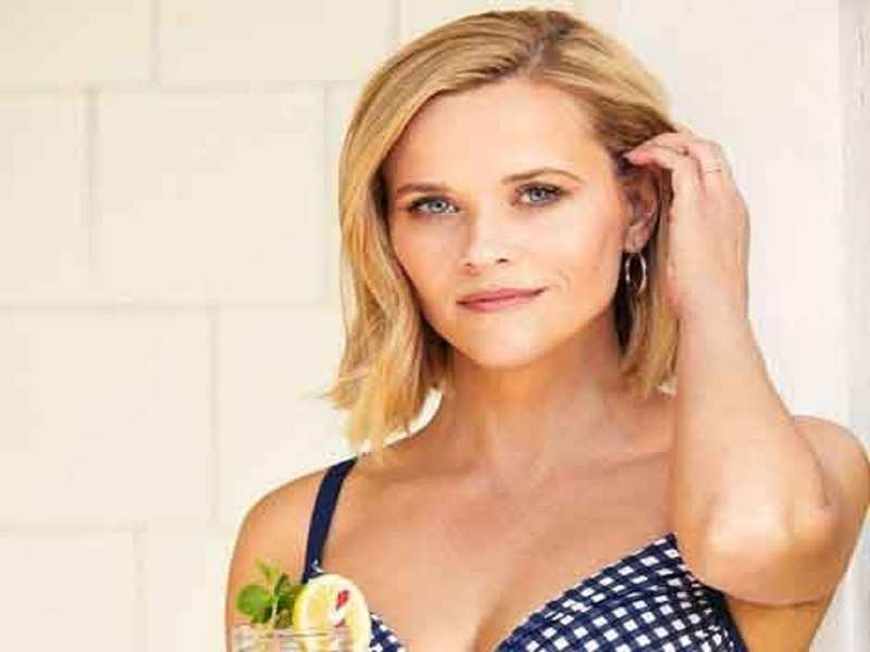 Reese Witherspoon welcomes new puppy into family
