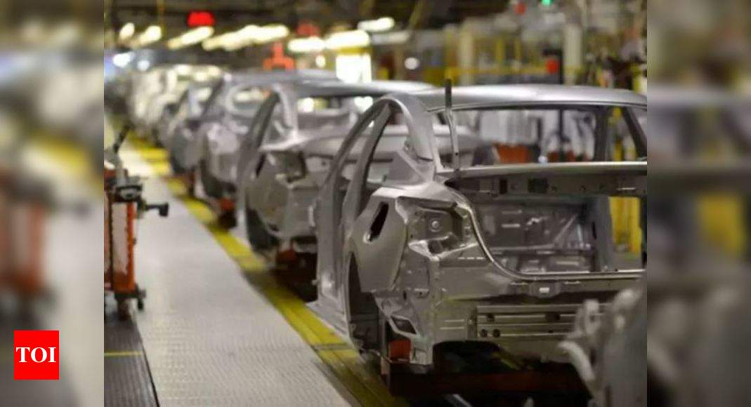Govt announces incentives of Rs 1.5 lakh cr to boost manufacturing – Times of India