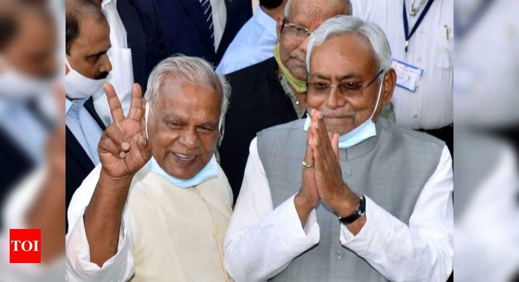 Nitish Kumar govt formation in Bihar: Former CM Jitan Ram Manjhi shows a change of heart - Times of India