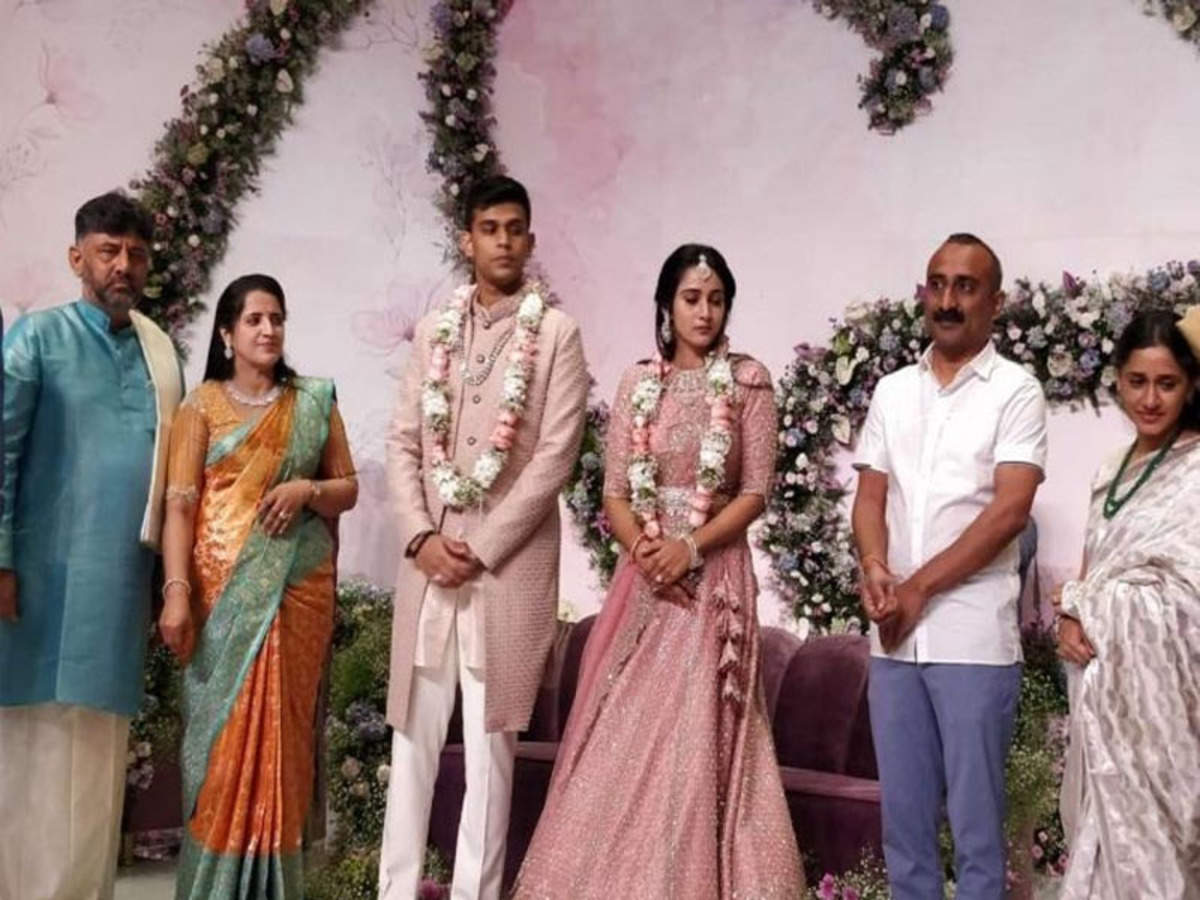 Shivakumar daughter facebook dk DK Shivakumar's