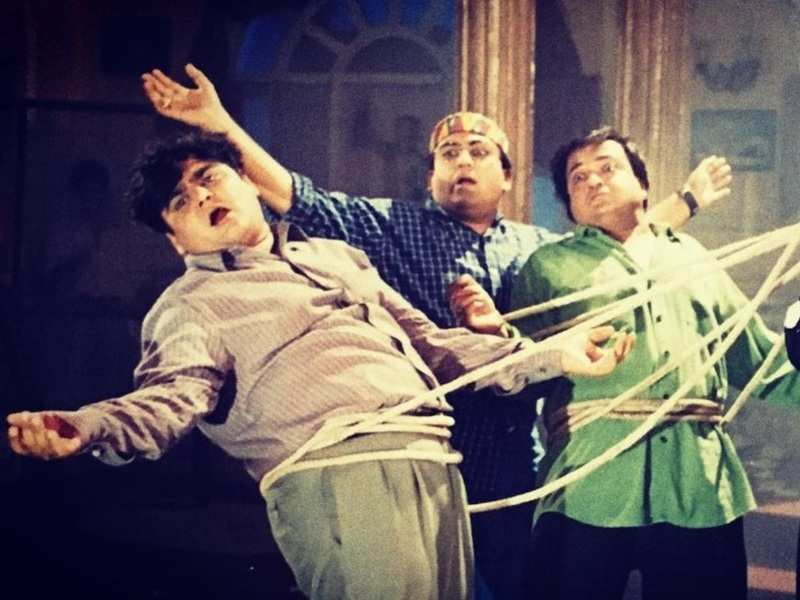 Taarak Mehta Ka Ooltah Chashmah's Jethalal aka Dilip Joshi shares a still from his old show 'Hum Sab Ek Hain'; jokes this is '2020 in a nutshell'