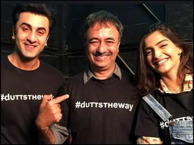 Sonam wishes Hirani on his b'day with a post