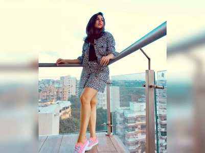 Bhumi channels Friday mood in a stunning pic