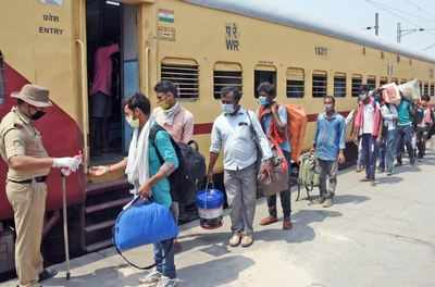 Govt proposes allowance for home trip for migrant workers | India News - Times of India