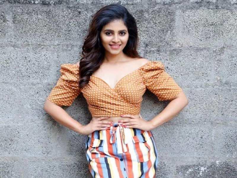Anjali to be paired opposite Shivarajkumar in Vijay Milton's next