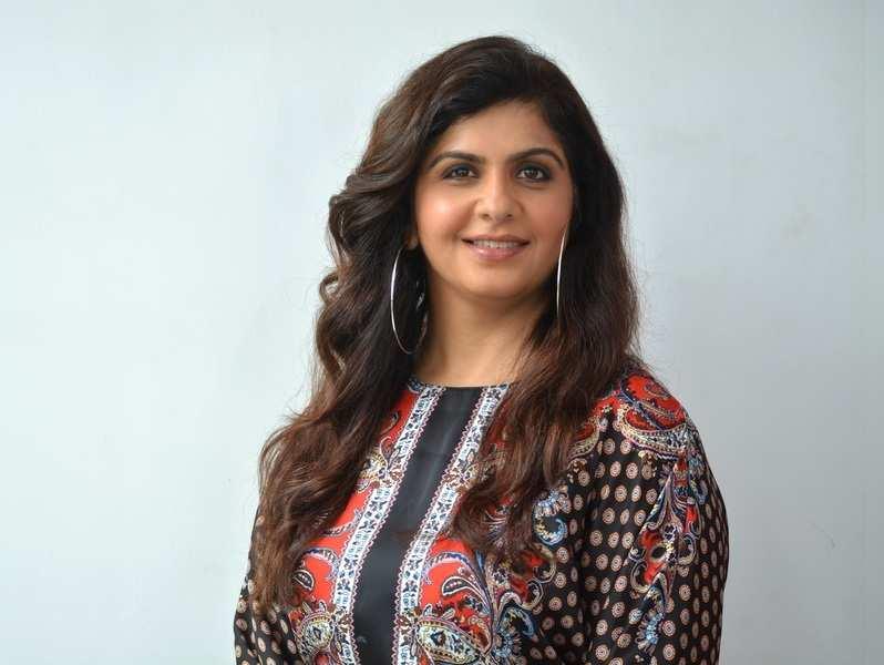 Holistic nutritionist and fitness expert Pooja Bhargava shares tips on coping post-festive indulgence