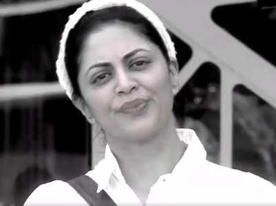 BB14: Kavita entertains the housemates