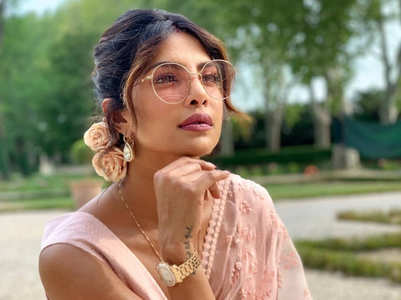 6 times Priyanka Chopra stole our hearts with her sari looks
