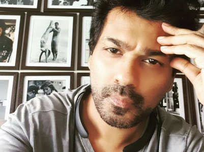 Nikhil Dwivedi slams stars for holidaying