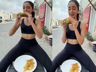 PIC: Ananya reunites with 'burger' in Dubai