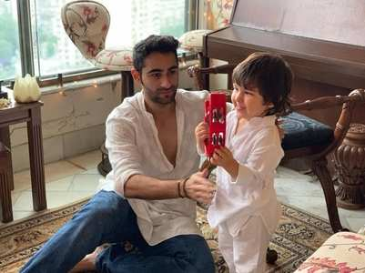 Bebo shares unseen pic of Taimur and Armaan