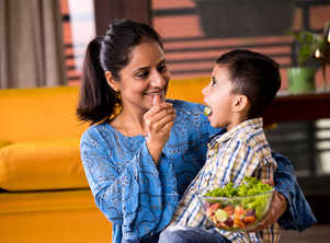 6 tricks to get your kids eat healthy