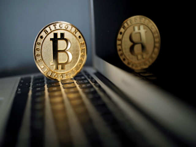 Bitcoin falls 6% in Asian trade