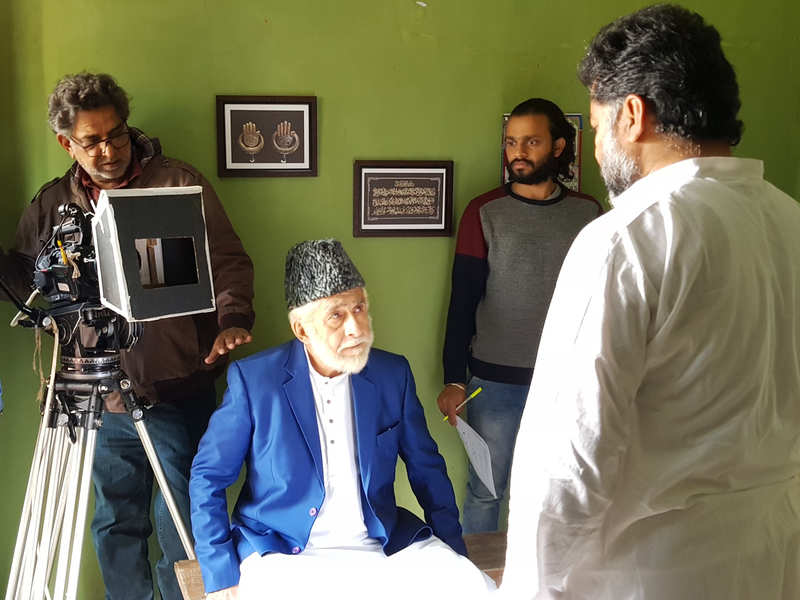 Baba Azmi directing Naseeruddin Shah and Danish Husain in the film in Mijwan, last year (BCCL)