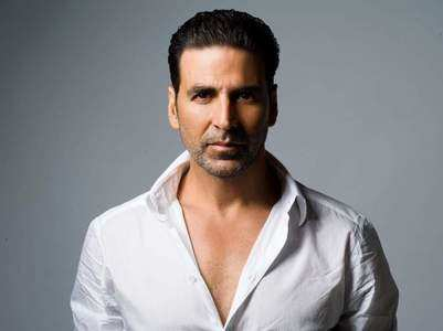 Akshay Kumar pays tribute to 26/11 martyrs