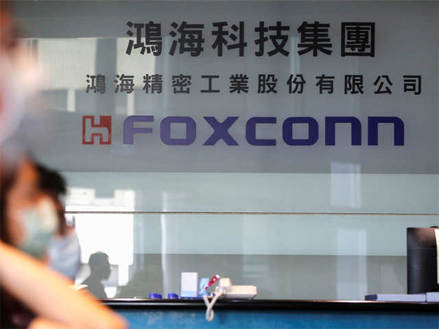 Foxconn to shift some Apple production to Vietnam to minimise China risk