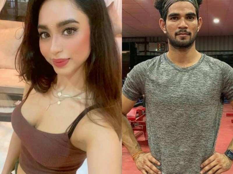 Sunil Sharma turns fitness expert for actress Soundarya Sharma on the sets of their show