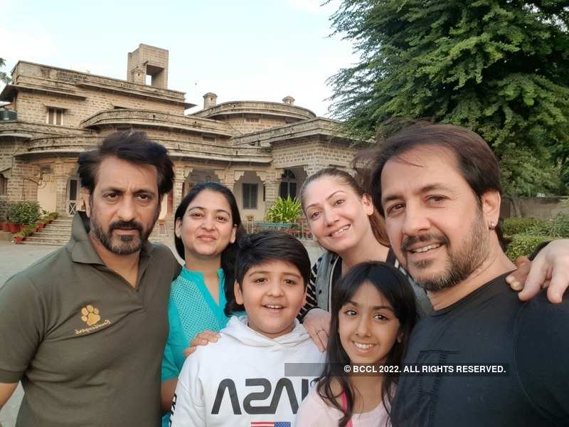 Rajev Paul (L) with family