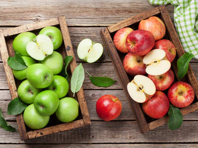 Red vs. Green apple: Which one is healthier?