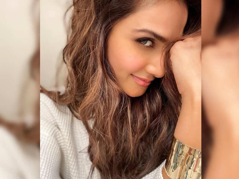Vaani Kapoor shares a charming morning selfie!